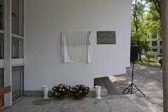 memorial_plaque_01