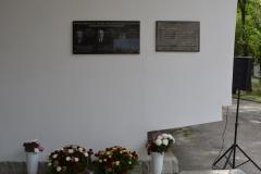 memorial_plaque_09